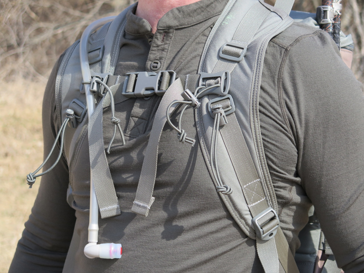 Wide Harness Straps Spread the Weight of Loads Nicely